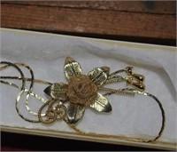 14kt gold Flower Necklace