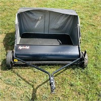 AgriFab Grass/Leaf Lawn Sweeper, Great condition