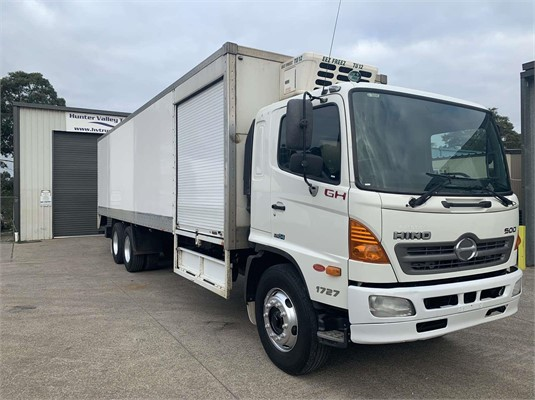 2008 Hino GH - Trucks for Sale