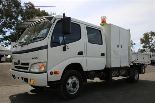 2011 Hino 300 Series 816 - Trucks for Sale