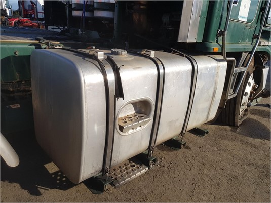 0 Kenworth Kenworth Fuel/Hydraulic Tank - Parts & Accessories for Sale