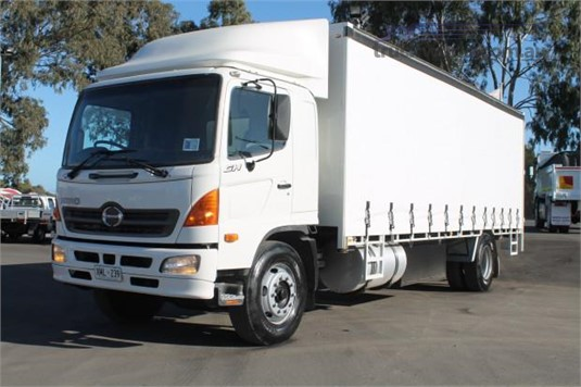 2006 Hino Ranger 10 GH - Trucks for Sale
