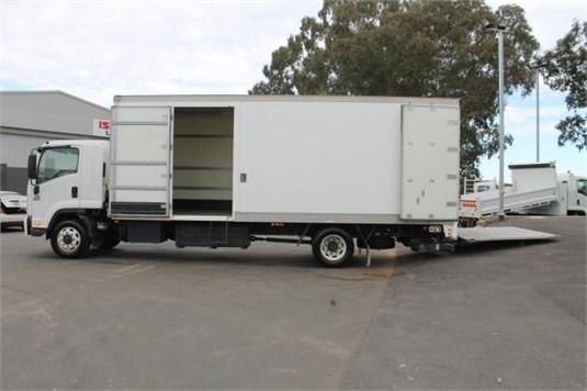 2009 Isuzu FSR 700 - Trucks for Sale