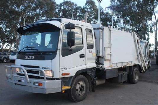2007 Isuzu FRR 500 - Trucks for Sale