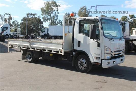 2016 Isuzu NPR 45 155 AMT MWB - Trucks for Sale