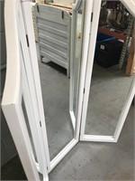 Standing 3 Panel Mirror