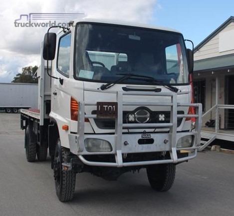 2005 Hino Gt1j - Trucks for Sale