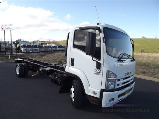 2008 Isuzu FRR500 - Trucks for Sale