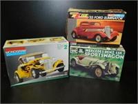Aug Vintage Toys & Sports Memoribilia Auction