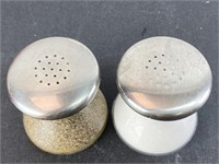 VTG West Germany Shakers