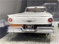 Franklin Mint 1957 Ford Skyliner Model