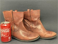 Vintage Women's Leather Boots
