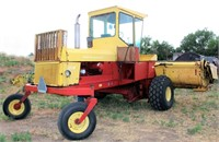 1980 New Holland 1114 Speedrower (view 5)