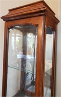 76 - BEAUTIFUL WOOD & GLASS CURIO CABINET