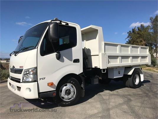 2013 Hino 300 Series 717 Medium  - Trucks for Sale