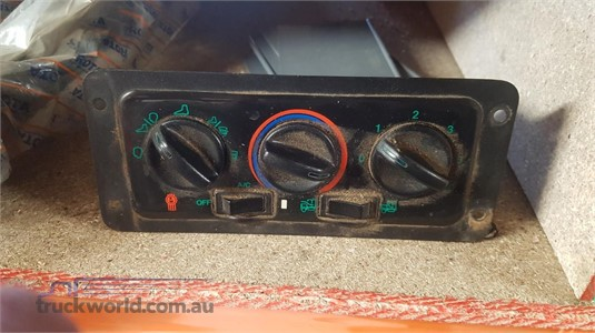 0 Kenworth Kw5800-713 Heater Control - Parts & Accessories for Sale