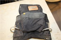 KNEE PADS & TOOL POUCH