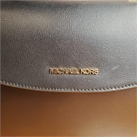 348.00 DLRS NEW AUTHENTIC MICHAEL KORS HANDBAG