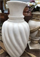 714 - PAIR OF BEAUTIFUL VASES - SEE PICS FOR COND.