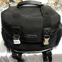335 - CANON DS126151 CAMERA; ACCESSORIES & BAG