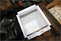 """METAL SAFE FOR RV APPROX-10 1/2'D X 9""""W X 12""""H"""