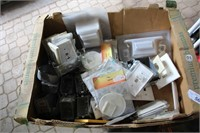 BOX - VARIOUS ELECTRICAL ITEMS