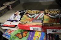 2 SETS DVD GALLOING GOURMET & 1 BOOK