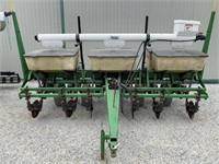 John Deere 7000 6R Corn Planter