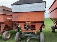 Turnco 250bu Gravity Wagon  w/Tarp