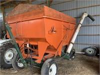 200bu Fertilizer Wagon w/Market Hyd. Auger