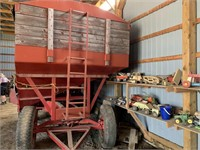 Approx. 400bu Gravity Wagon w/Tarp