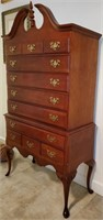31 - GORGEOUS ANTIQUE UPRIGHT DRESSER