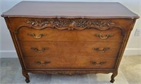 31 - BEAUTIFUL BERKEY&GAY 3 DRAWER CHEST