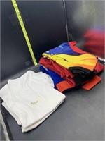 kid White shirts -like new- size medium. Kids