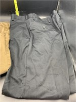 Men's dress pants size 38x30(brown) and