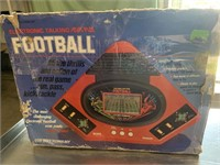 Talking play by play football handheld game