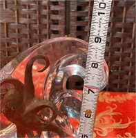 N - CLEAR PLASTIC WAVE SCULTURE W/OCTOPUS INSIDE