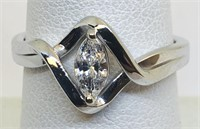 14KT WHITE GOLD .36CTS CENTER MARQUISE DIAMOND