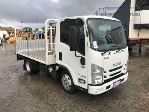 2016 Isuzu NLR - Trucks for Sale