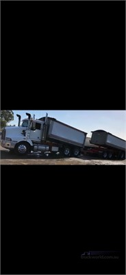 2000 Kenworth T401  - Trucks for Sale