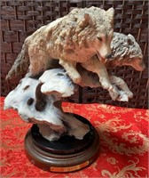 11 - SIGNED & NUMBERED WINTER RUN WOLFS STATUE