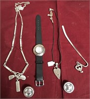 11 - LOT OF MIXED JEWELRY & WATCH