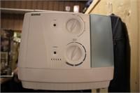 kenmore humidifier (runs)