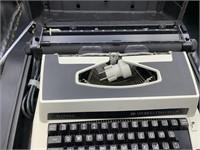 Royal world traveler typewriter in carrying case