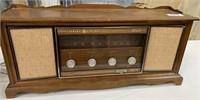 343 - VINTAGE GENERAL ELECTRIC SOLID STATE RADIO
