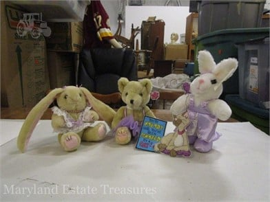 Lot Of Animal Plushes Other Items For Sale 4 Listings Tractorhouse Com Page 1 Of 1