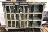 43 - NEW WMC ANTIQUE GREY SLIDING 2 DOOR CONSOLE
