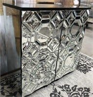 43 - NEW WMC MIRRORED CABINET