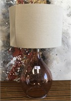 46 - BEAUTIFUL CLEAR GLASS TABLE LAMP