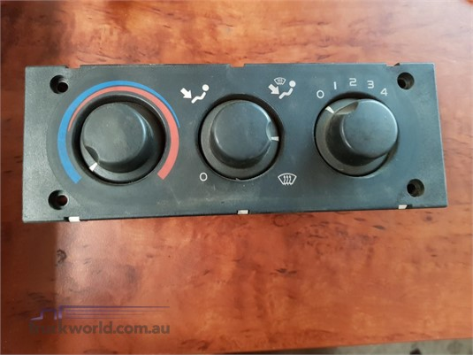 0 DAF 9041702667 Heater Control Unit - Parts & Accessories for Sale